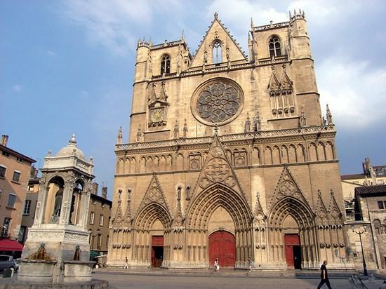 Image  france cathedrale de lyon