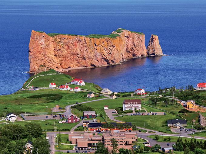 Image Amerique du Nord Canada le rocher Perce a Perce