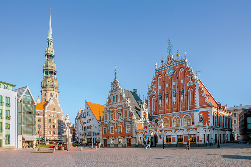 image 1 Place de la mairie a Riga capitale de la Lettonie 04 as_57743841