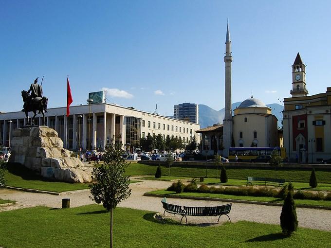 image Albanie tirana banc