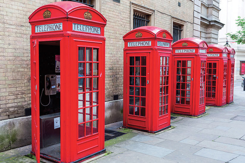image Angleterre Londres traditionnelles boites rouge de telephone  fo