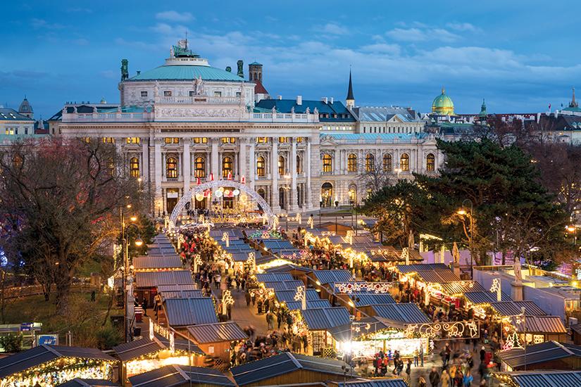 image Autriche Vienne Burgtheater et marche de Noel 11 as_231667882