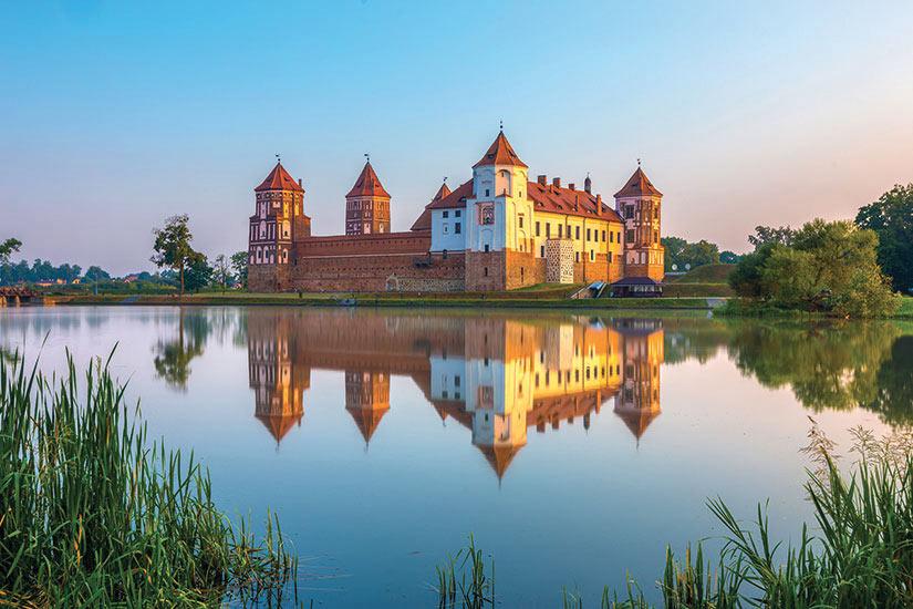 image Belarus Mir chateau medieval  fo