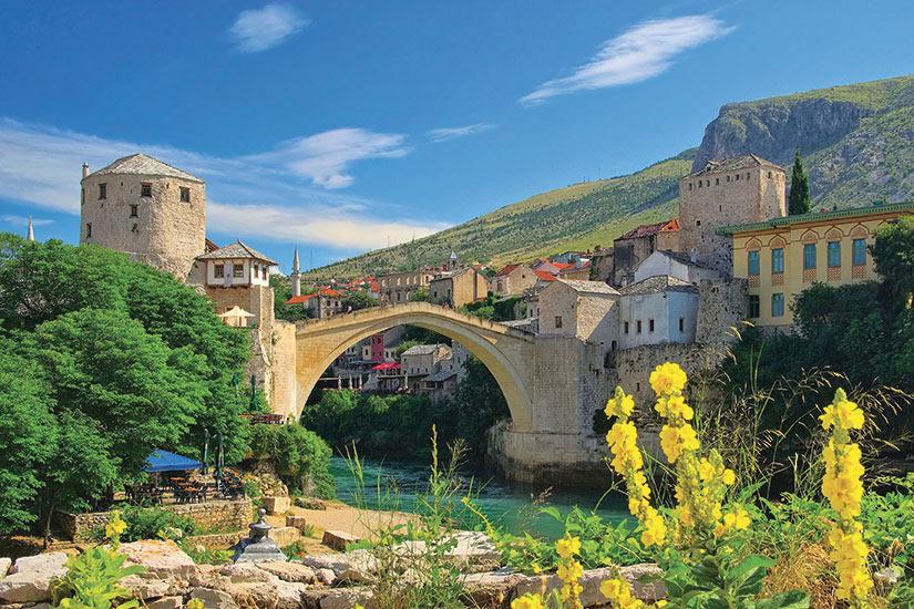 image Bosnie Herzegovine Mostar Pont Fotolia  fo