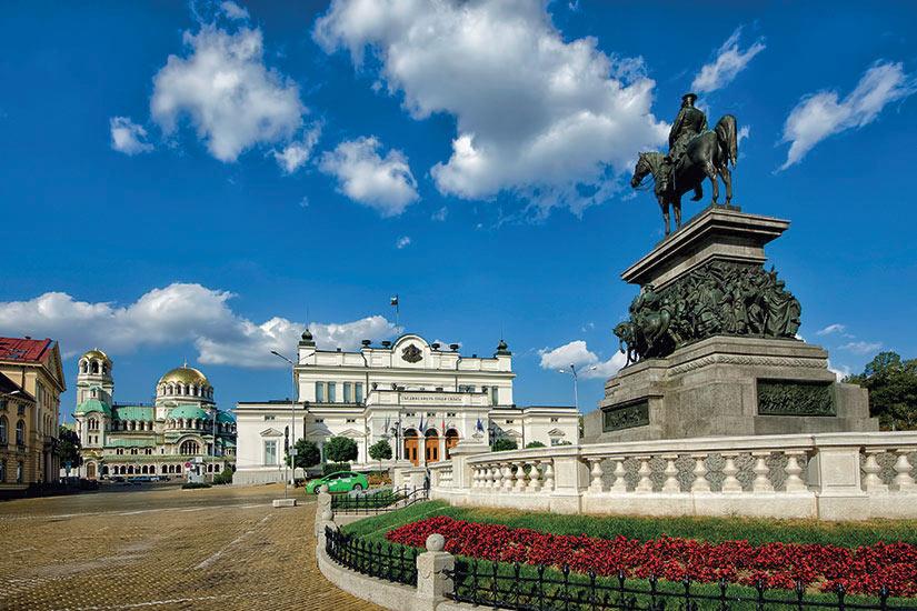 image Bulgarie Sofia Place du parlement  it