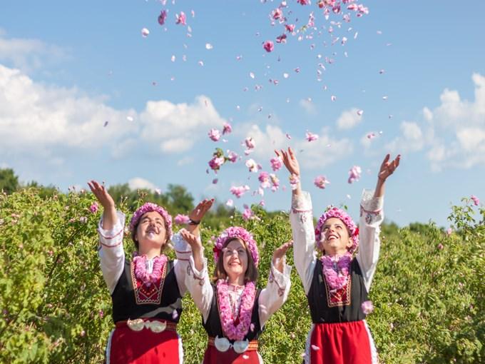 image Bulgarie fete de la rose