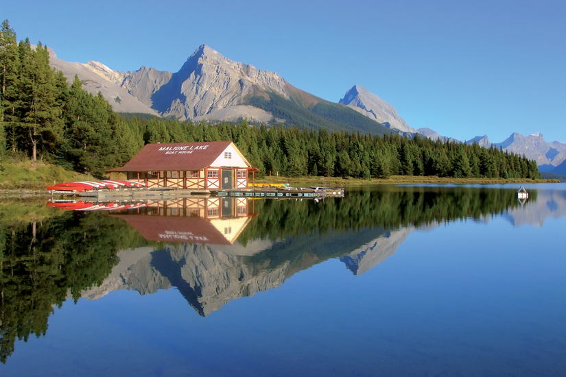 image Canada parc national jasper lac maligne 03 it_527134751