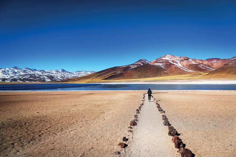 image Chili desert atacama tourisme appreciant magnifique paysage heure hiver 93 as_110047527
