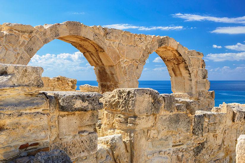 image Chypre Kourion antique arches  it