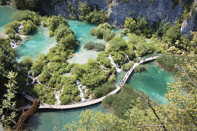 image Croatie Plitvice Passerelle au Parc National  it