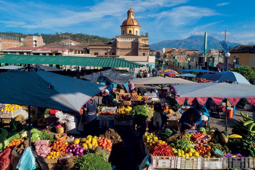 image Equateur otavalo marche aux fruits 11 it_18404474