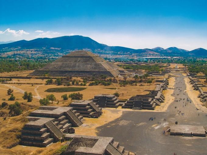 image Equateur teotihuacan aerien