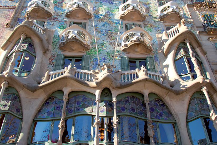 image Espagne Barcelone Casa Batllo facade de Gaudi 34 it 536277555