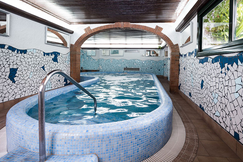 image Espagne Lloret de Mar Hotel Xaine Park piscine interieur