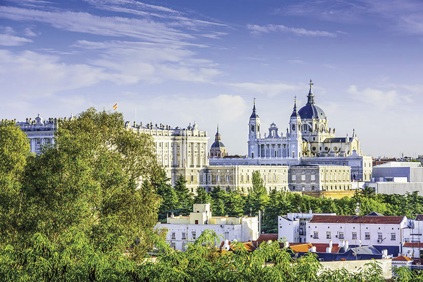 image Espagne Madrid Cathedrale Almudena  it