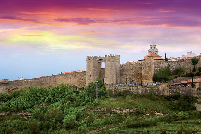 image Espagne Morella remparts medievaux au coucher du soleil 14 as_114377692