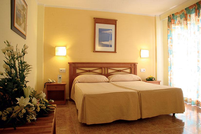 image Espagne hotel palm beach lit