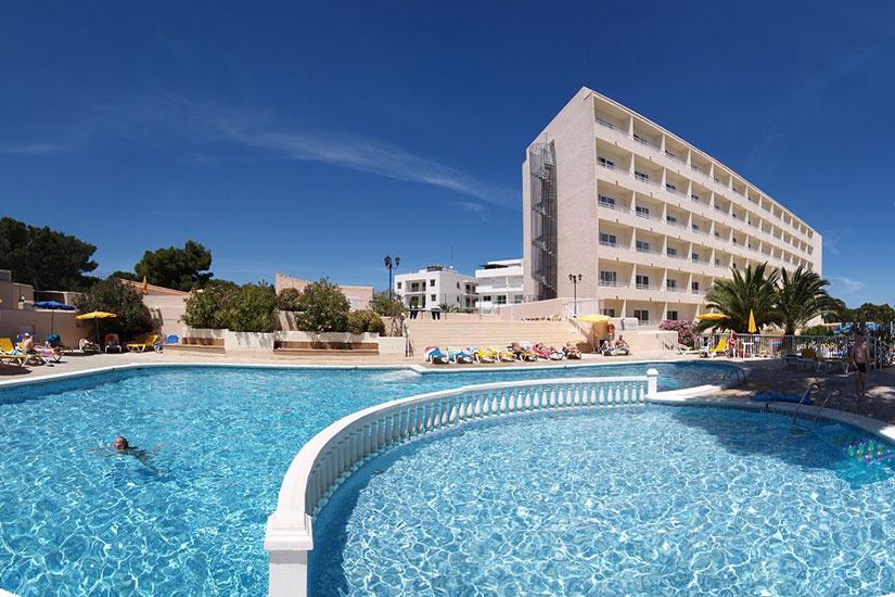 image Espagne ibiza hotel ereso es cana facade