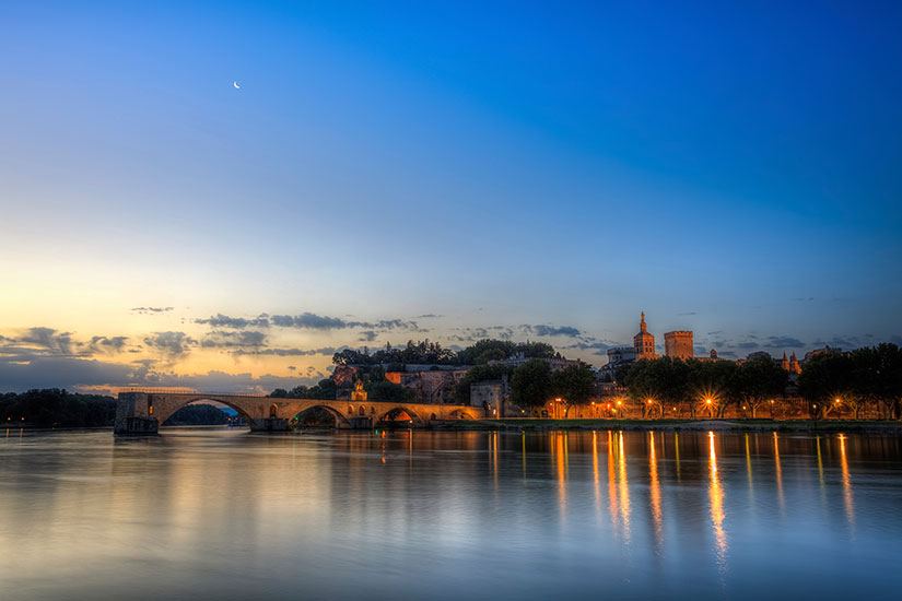 image France Avignon nuit  it