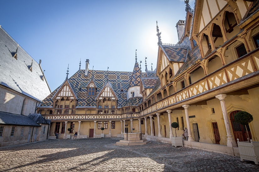 image France Bourgogne Hospices de Beaune 41 as_184076469