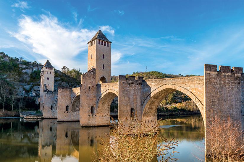 image France Cahors Pont Valentre Occitanie 25 as_176601407