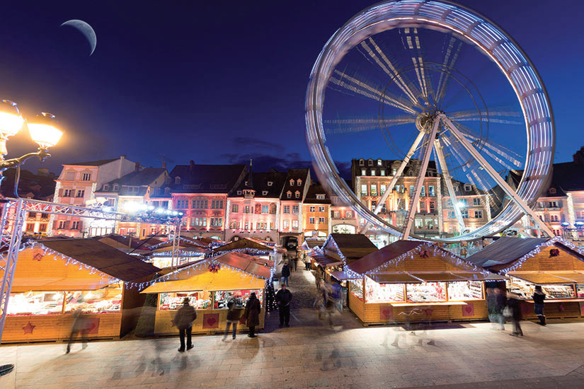 image France Mulhouse marche du Noel  fo