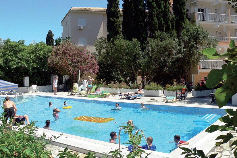 image Grece Corfu Hotel Ipsos Beach pool