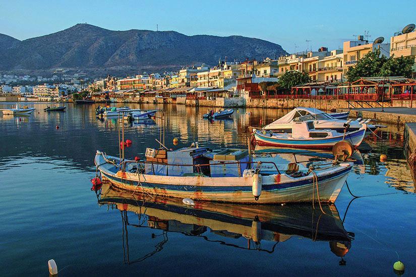 image Grece Crete Hersonissos Port  fo