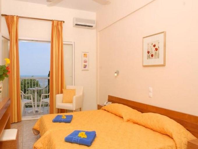 image Grece corfou hotel ipsos beach chambre