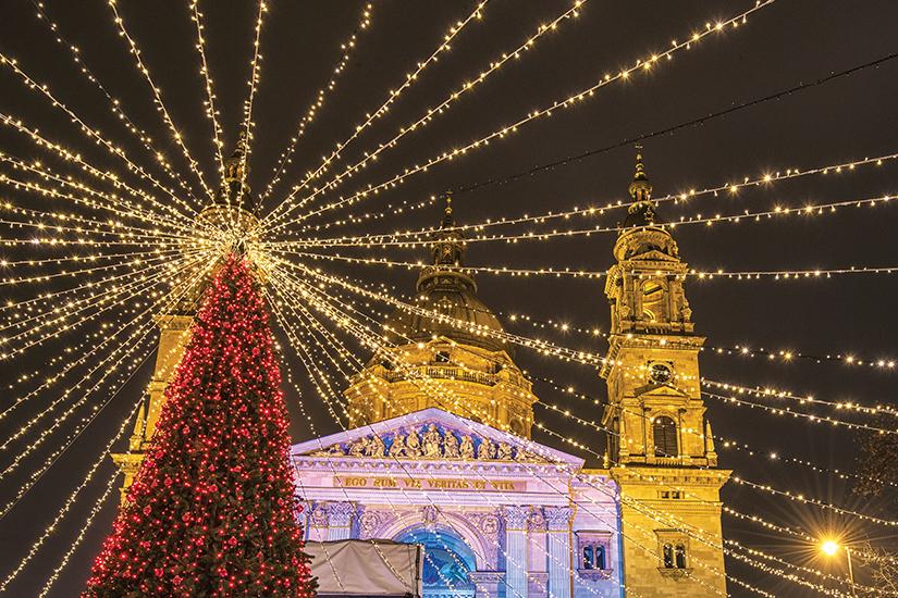 image Hongrie Budapest Marche de Noel 10 as_173794329