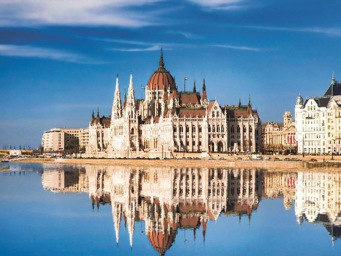 image Hongrie budapest reflet