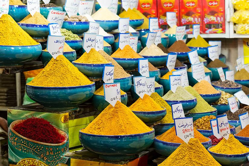 image Iran Shiraz Vakil Bazaar epices  fo