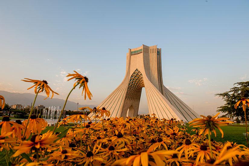 image Iran Teheran Tour Azadi  it