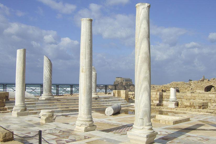 image Israel Cesaree ruines romaines  fo