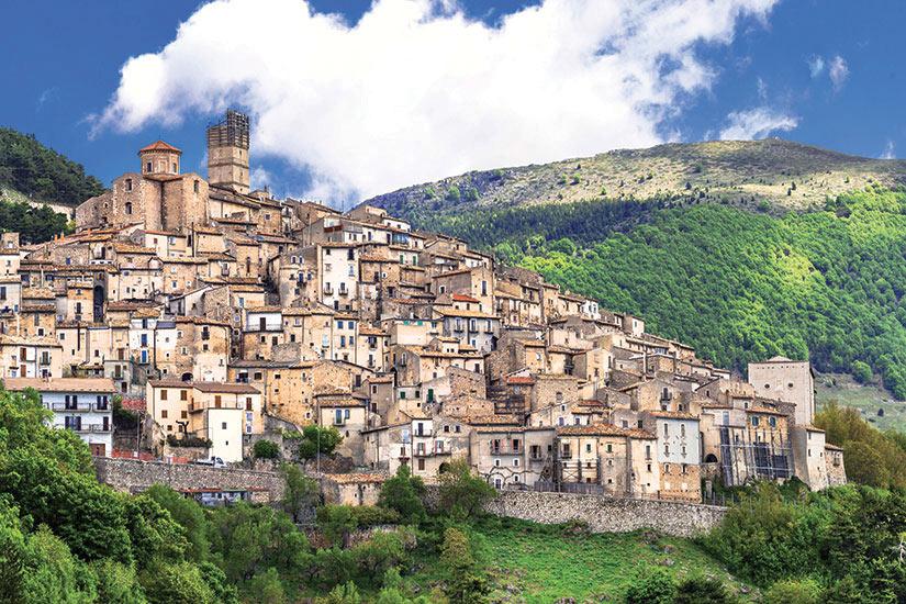 image Italie Castel del monte  fo