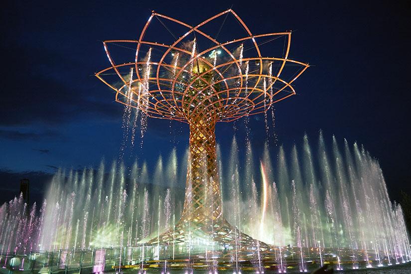 image Italie Milan L Arbre de vie fontaine  it