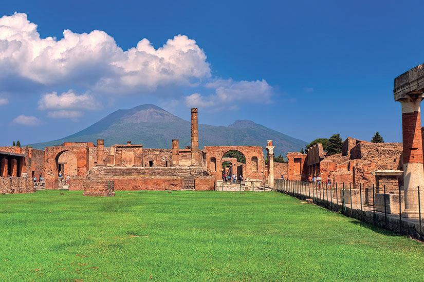 image Italie Naples Pompei Vesuve Volcan  fo