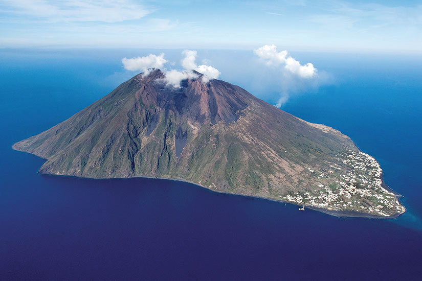 image Italie Sicile Stromboli volcan  it