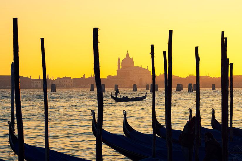 image Italie Venise Gondoles  it