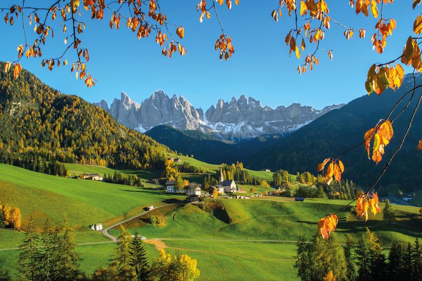 image Italie dolomites village montagne automne 47 fo_87169659
