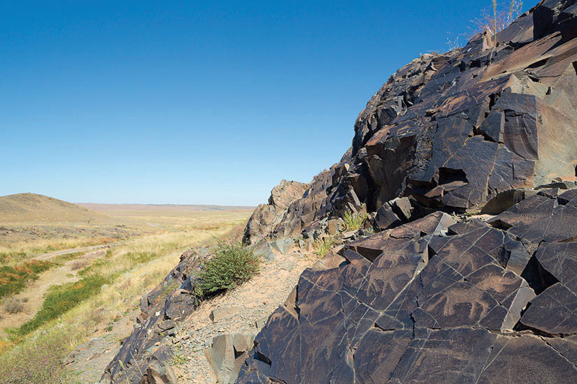 image Kazakhstan Tamgaly Petroglyphes anciens  it