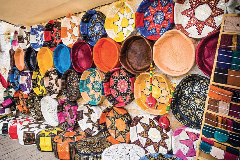 image Maroc Fes une boutique artisanale de cuir marocain colore  fo