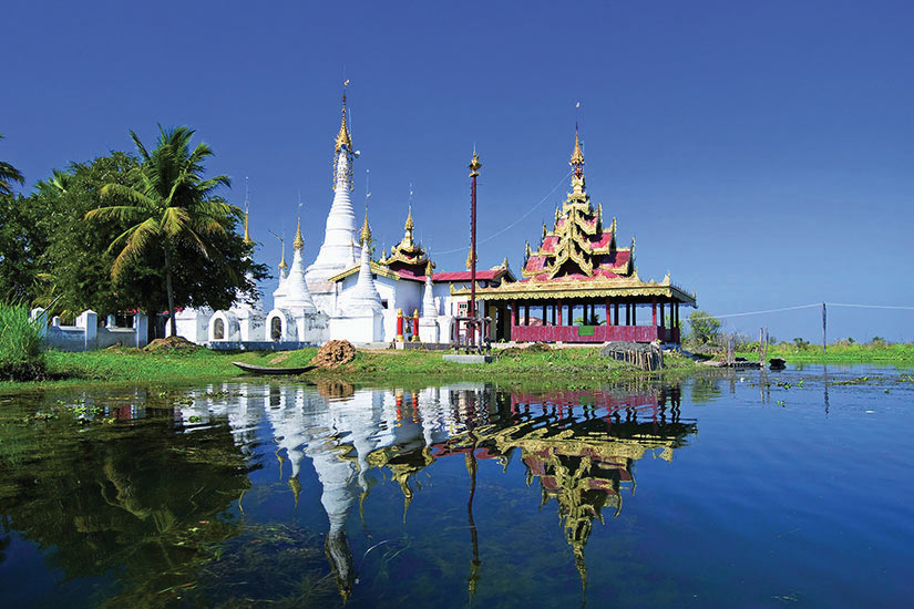image Myanmar Lac Inle Pagodes monastere bouddhiste  fo