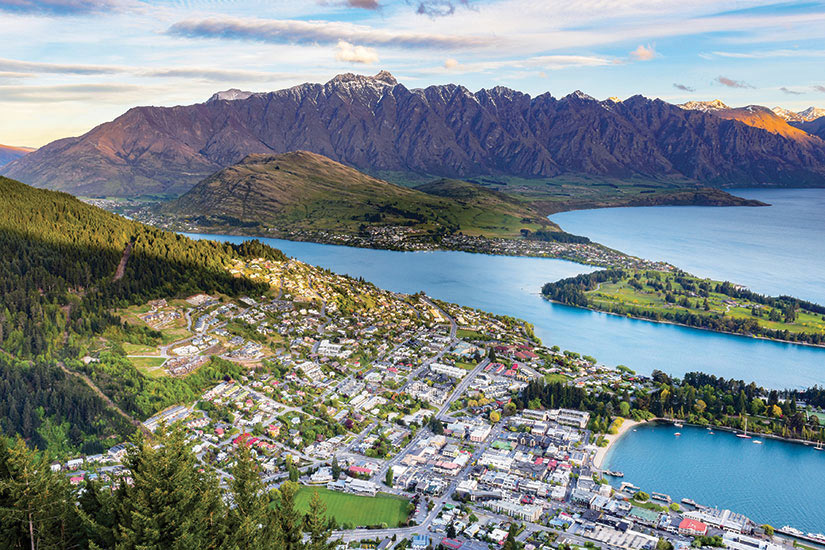 image Nouvelle Zelande Queenstown vue aerienne  it