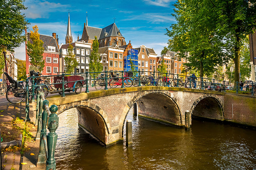 image Pays Bas Amsterdam canal  it