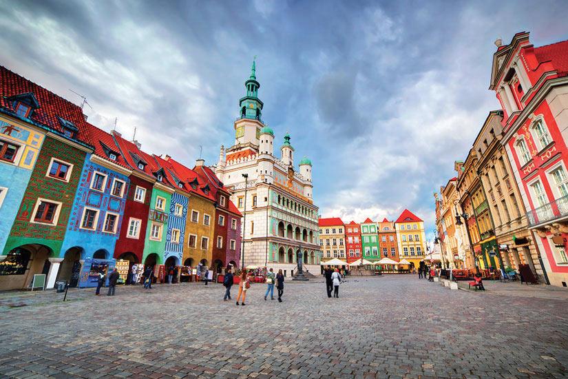image Pologne Poznan place du marche Posen  fo