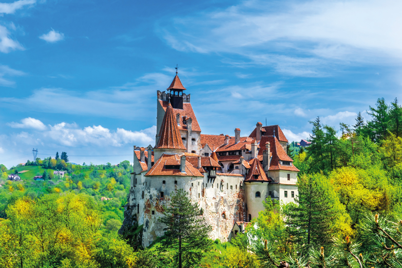 image Roumanie transylvanie brasov vue panoramique chateau dracula bran automne 91 fo_120850805