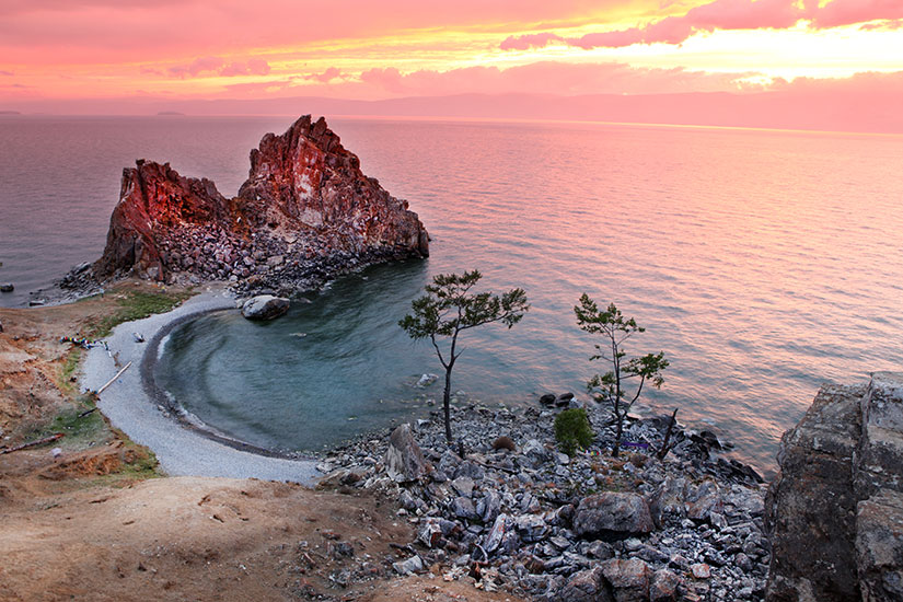 image Russie lac Baikal chaman Rock  it