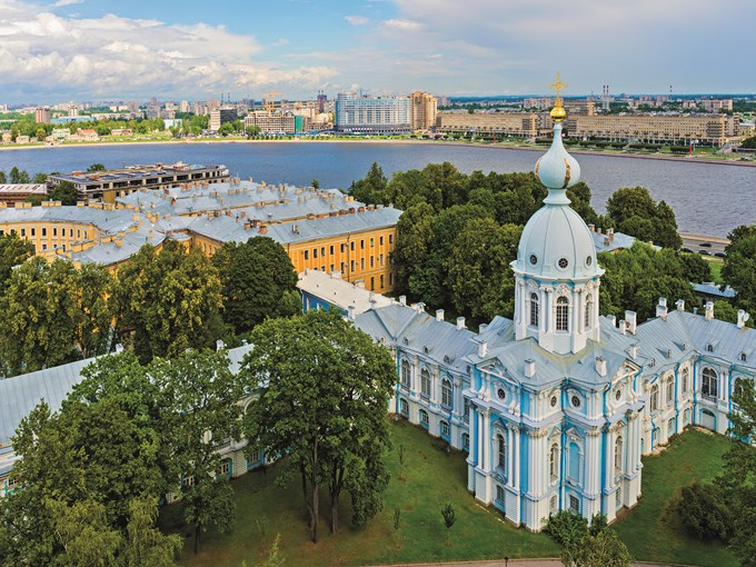 image Russie saint petersbourg couvent smolny