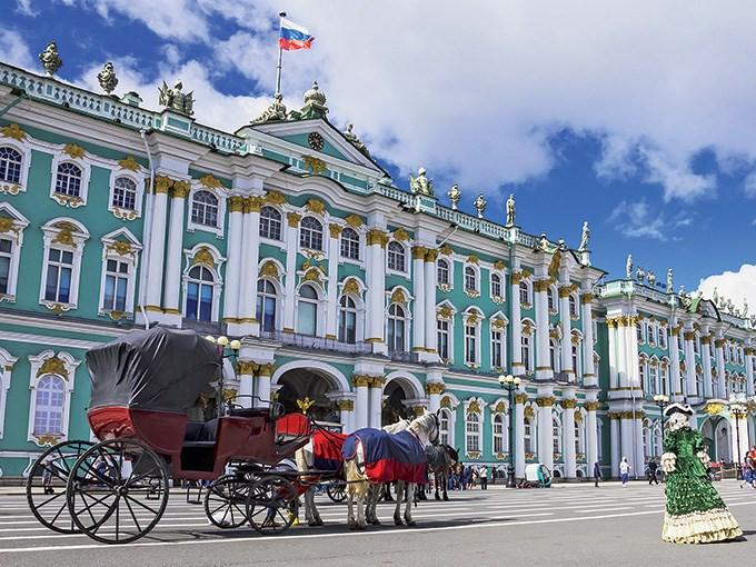 image Russie saint petersbourg musee hermitage cheval